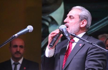 """<div>Esenler Saadet Partisi İlçe Başkanlığı, Esenler Belediye Meclis Üyesi adaylarını Hakkı Başar Spor Kompleksi'nde düzenlenen aday tanıtım programında açıkladı.</div> <div></div> <div>Saadet Partisi Esenler İlçe Başkanlığı'nın düzenlediği Belediye Meclis Üyesi Adaylarının tanıtım programına SP Genel Başkanı Prof. Dr. Mustafa Kamalak, İl Başkanı Selman Esmerer, İlçe Başkanı Tuğrul Yalçınkaya, Belediye Başkan Adayı Erol Urhan, Bahçelievler, Güngören, Başakşehir, Fatih, Çatalca Belediye Başkan Adaylarının yanı sıra Muhtarlar, ESDEF Başkanı Süleyman Kahveci, Esnaf Odası Başkan Yardımcısı Şükrü Şahin, STK Başkanları, yerel basın ve çok sayıda partili katıldı.</div> <div></div> <div><a href=""""http://www.ajansesenler.com/yerel-haber-arsiv/2170-saadet-partisi-adaylarn-acklad.html"""" target=""""_blank"""">Haberin Devamı İçin Tıklayın</a></div>"""
